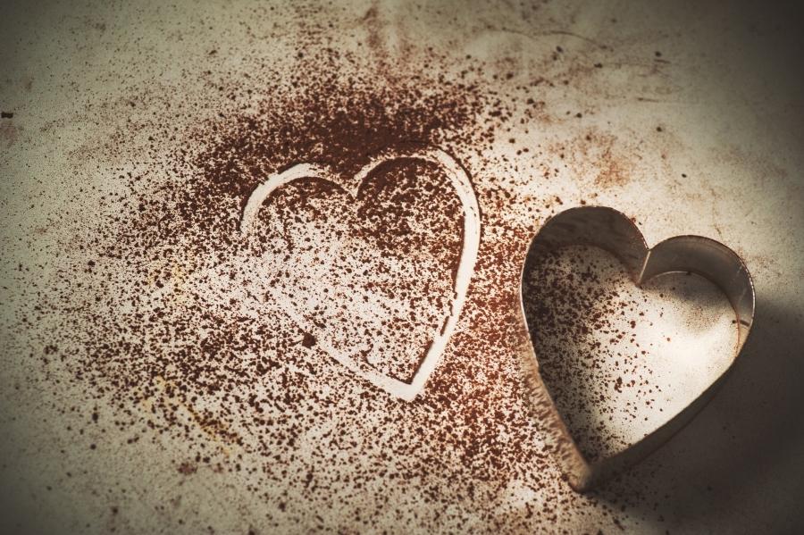 szív alakú sütemény kiszúró